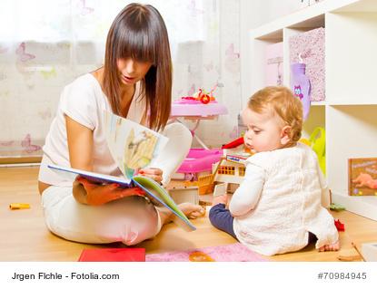 Tagesmutter und Kind