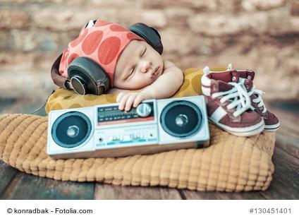 Babyschlaf auch mit Alltagsgeräuschen
